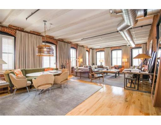 Condominium/Co-Op for sale in Fort Point Place, 314-315 Seaport District, Boston, Suffolk