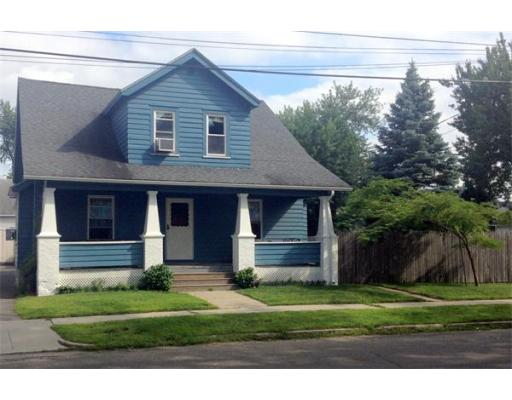 13  Northwood St,  Chicopee, MA