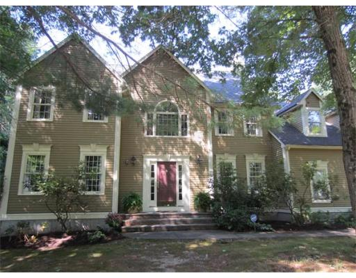 11  Fieldstone Path,  Walpole, MA