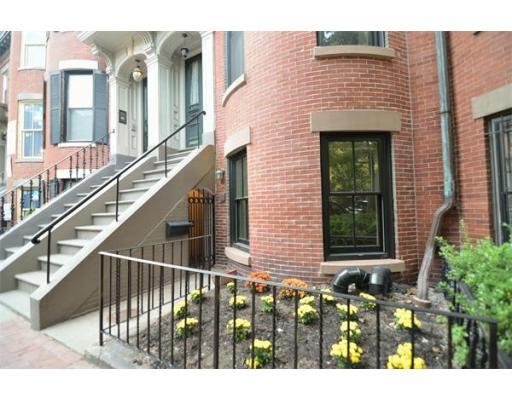Property Of 105 Appleton Street