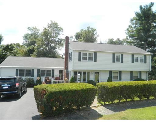 156  Eleanor Dr,  Braintree, MA