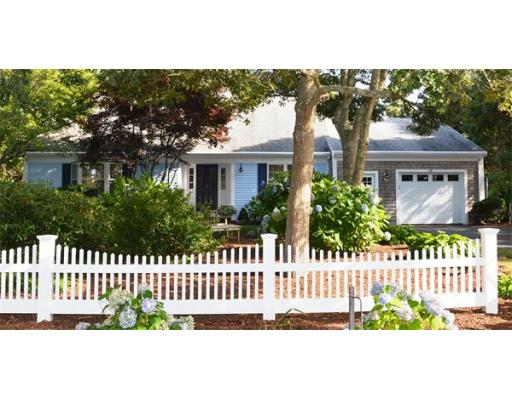 28  Lakeview Ave,  Chatham, MA