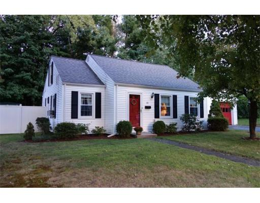 20  Hillside Ave,  South Hadley, MA