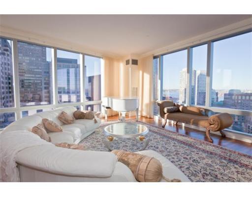 Luxury Condominium for sale in 500 Atlantic Ave Waterfront, Boston, Suffolk