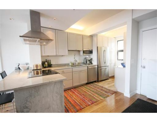 Lofts.com apartments, condos, coops, houses & commercial real estate - Back Bay Lofts (Apartment)