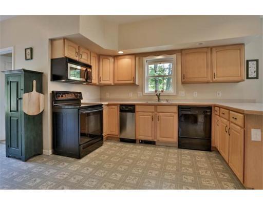 Single Family Home for Sale at 11 Overhill Road Swampscott, Massachusetts 01907 United States