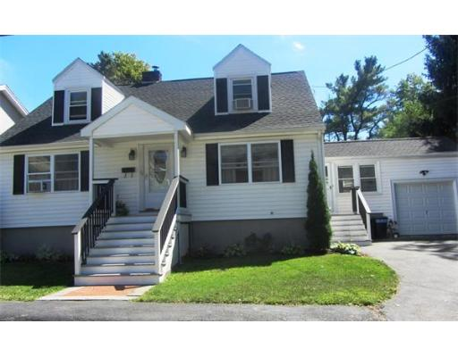 26  Hopedale St,  Quincy, MA