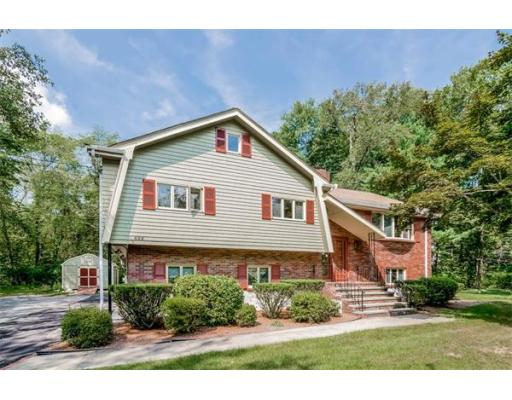 465  North St,  Walpole, MA