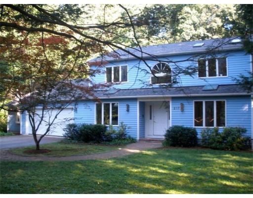 217  Aubinwood Rd,  Amherst, MA
