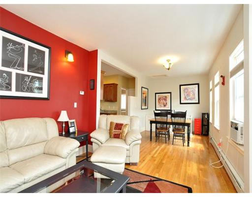 Additional photo for property listing at 8 Oakland Street 8 Oakland Street Cambridge, Massachusetts 02139 United States