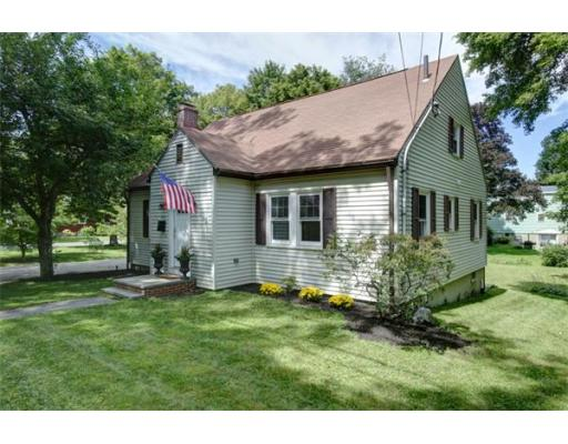 282 S South St, Reading, MA 01867