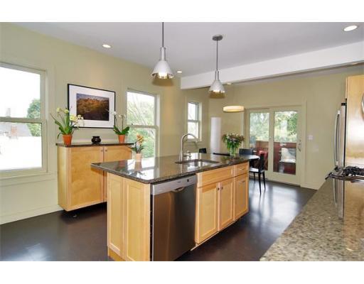 Property for sale at 34 Davis Ave Unit: 3C, Brookline,  MA  02445