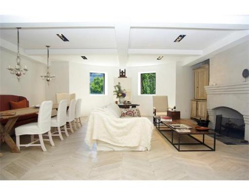 sold property at 257 Commonwealth Avenue