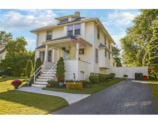 431 S South St, Reading, MA 01867