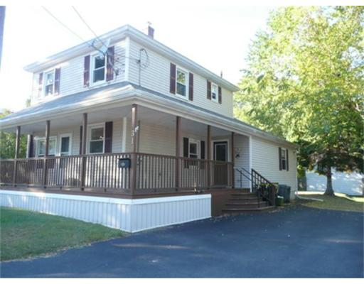 31  Norfolk St,  Bellingham, MA