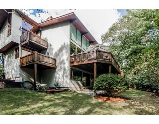 27  Lakeshore Avenue,  Beverly, MA