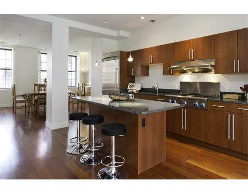 $1,700,000 - 2Br/3Ba -  for Sale in Cambridge