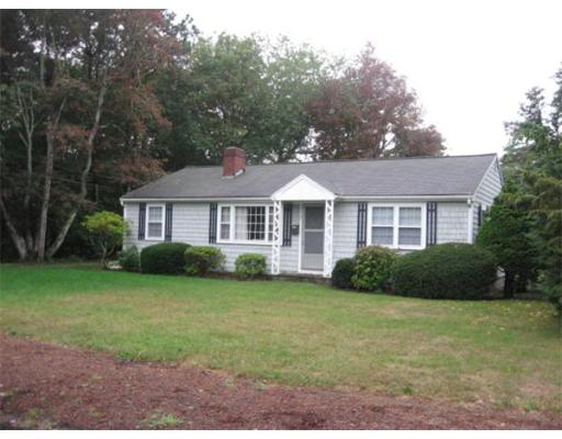 17  Holly Ln,  Yarmouth, MA