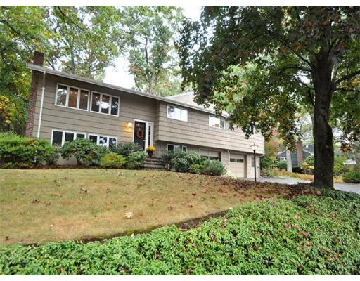 Additional photo for property listing at 355 Oak Street 355 Oak Street Westwood, Massachusetts 02090 United States