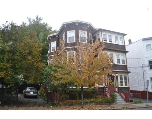 House for sale in 13 Tufts Street East Somerville, Somerville, Middlesex