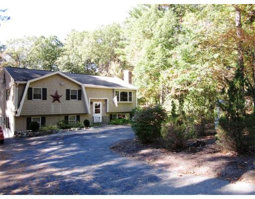 375  Maple St,  Bellingham, MA