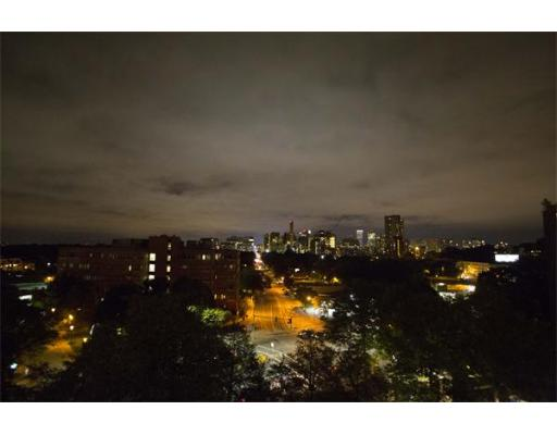 Property for sale at 44 Washington St Unit: 913, Brookline,  MA  02445
