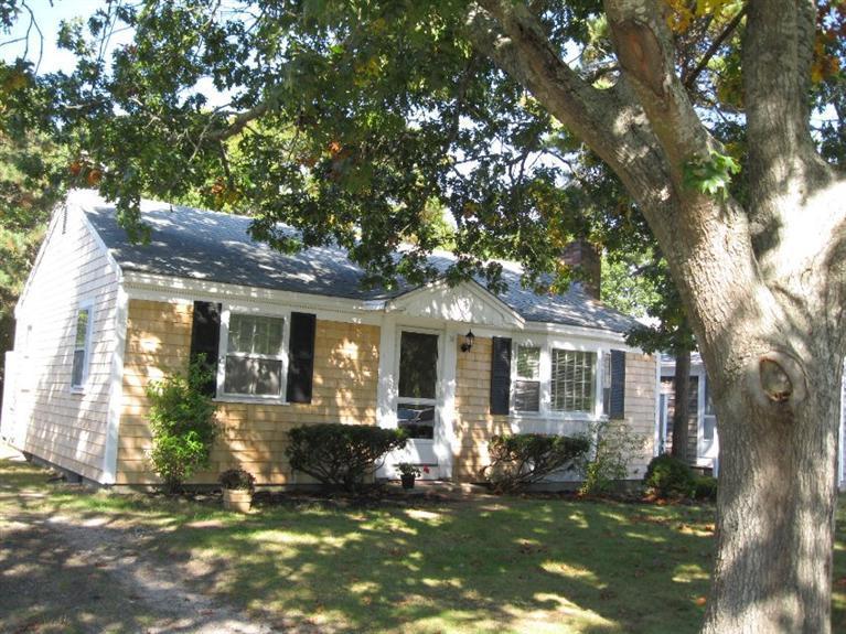 31  Maine Ave,  Yarmouth, MA