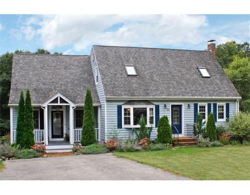 52  Longfellow Dr,  Newburyport, MA