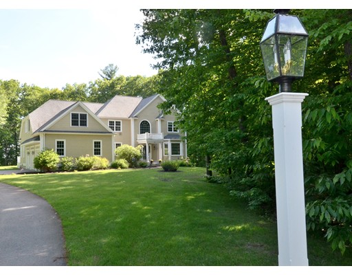 $699,900 - 4Br/4Ba -  for Sale in Bolton