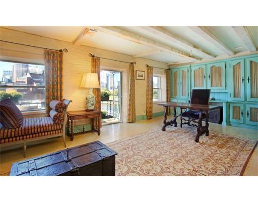 $1,100,000 - 1Br/2Ba -  for Sale in Boston