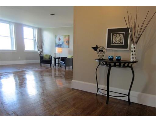 $439,880 - 3Br/1Ba -  for Sale in Boston