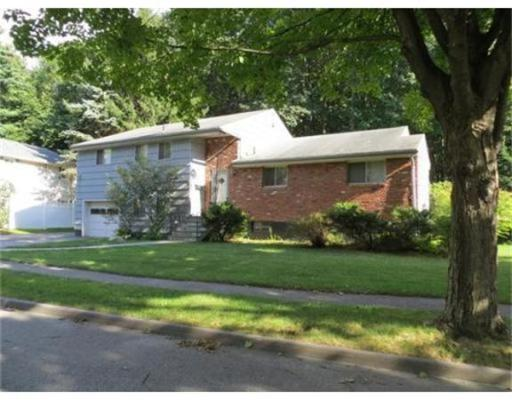 Rental Homes for Rent, ListingId:30549673, location: 2 Valley Hill Ln Worcester 01609