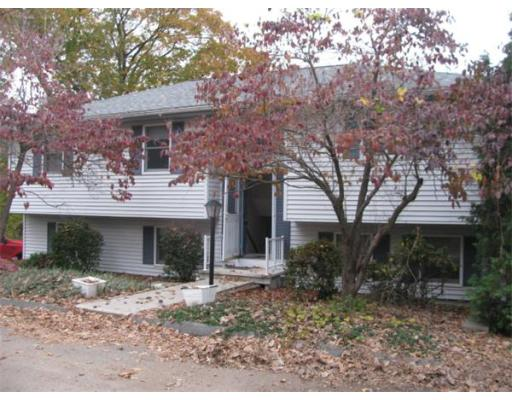 22  Arlmont St,  Chicopee, MA