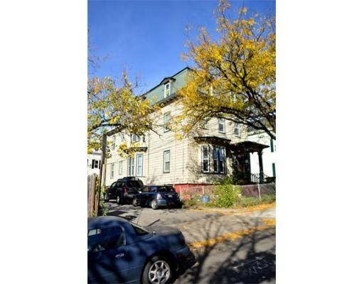 Luxury House for sale in 47 Franklin St , Somerville, Middlesex