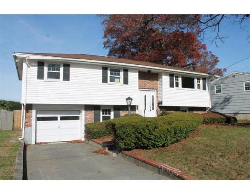 19  Breer Cir,  Brockton, MA