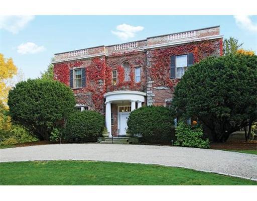 Luxury House for sale in 70 Heath St , Brookline, Norfolk