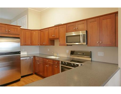 1 Cutter Lane 1, Quincy, MA 02171