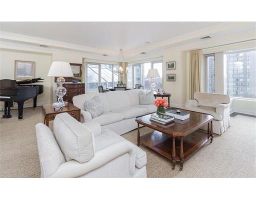 Condominium/Co-Op for sale in The Belvedere, 4G Back Bay, Boston, Suffolk
