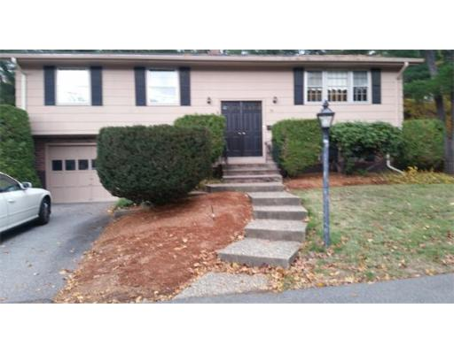 26  Livingston Drive,  Peabody, MA