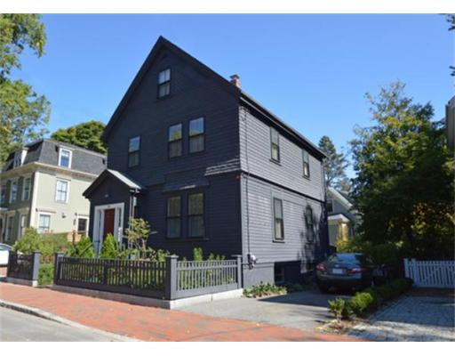Single Family Home for Sale at 26 Lowell Street 26 Lowell Street Cambridge, Massachusetts 02138 United States