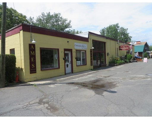 711 Greenfield Road, Deerfield, MA 01342
