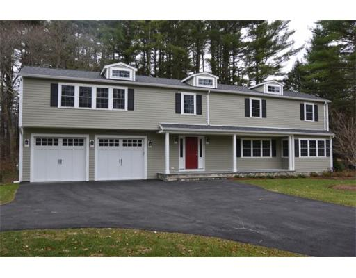 330 South St, Medfield, MA 02052