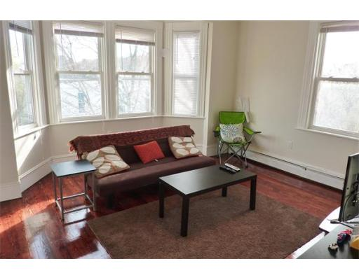 Flat for Rent at 6 Rice Street 6 Rice Street Brookline, Massachusetts 02445 United States