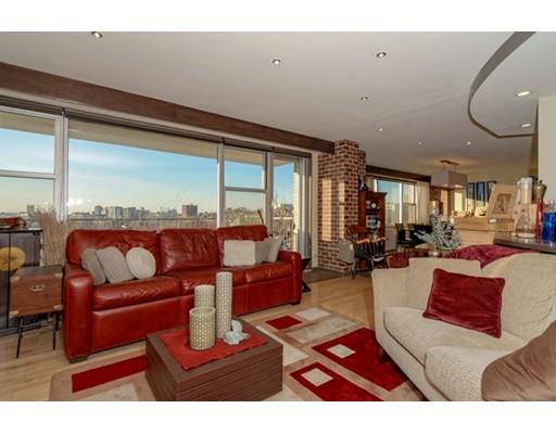 $1,800,000 - 2Br/3Ba -  for Sale in Boston