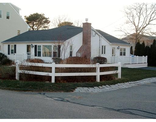 Single Family Home for Sale at 4 Pond street Mashpee, Massachusetts 02649 United States