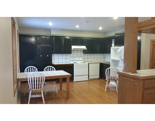 Rental Homes for Rent, ListingId:31226626, location: 912 Main St Fitchburg 01420