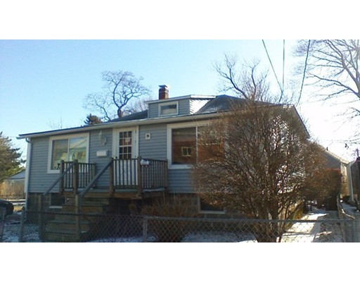 71 Lind St, Quincy, MA 02169