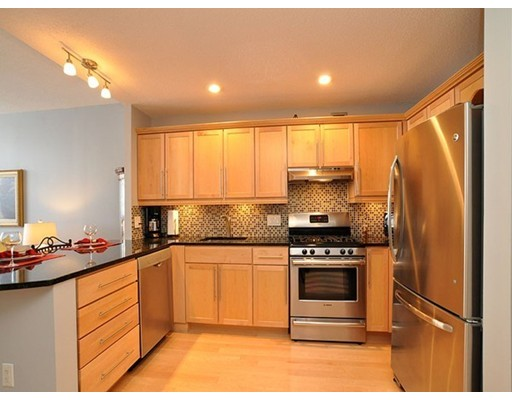 Additional photo for property listing at 42 8Th Street 42 8Th Street Boston, Massachusetts 02129 United States