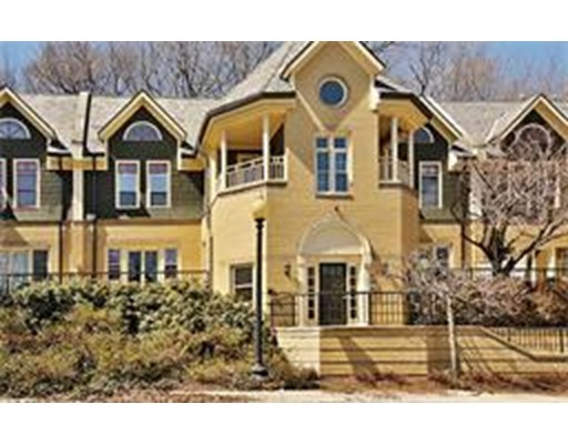 Townhome / Condominium for Rent at 87 Glen Road 87 Glen Road Brookline, Massachusetts 02445 United States