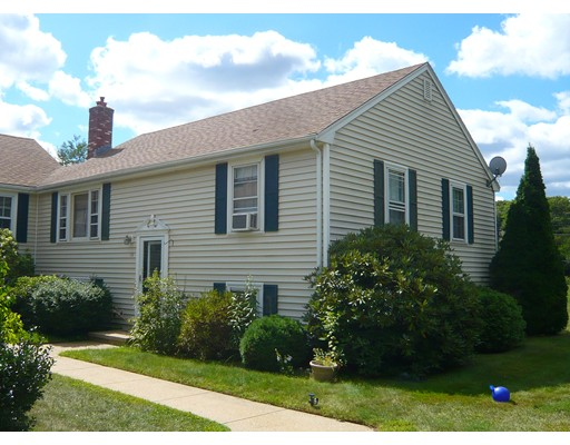 Property for sale at 10 Cobb Rd Unit: 10, Wrentham,  MA  02093